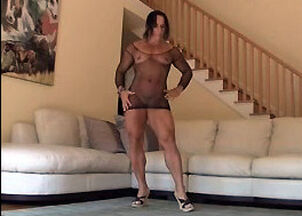 Mature muscle women