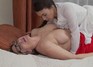 Xvideos mother daughter